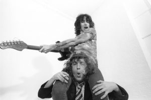 Bon Scott and angus