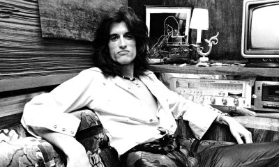 Joe Perry isolated guitar-min