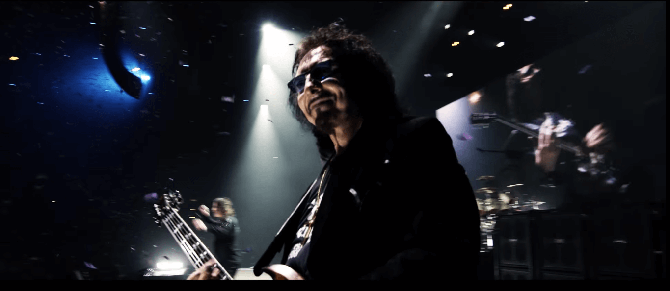 """Watch Black Sabbath perform """"Paranoid"""" in Blu-Ray teaser of """"The End"""""""
