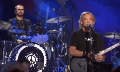 Back In Time: Joe Walsh and Ringo Starr performing Rocky Mountain Way