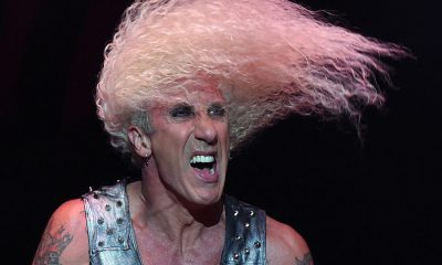 Dee Snider headbanging