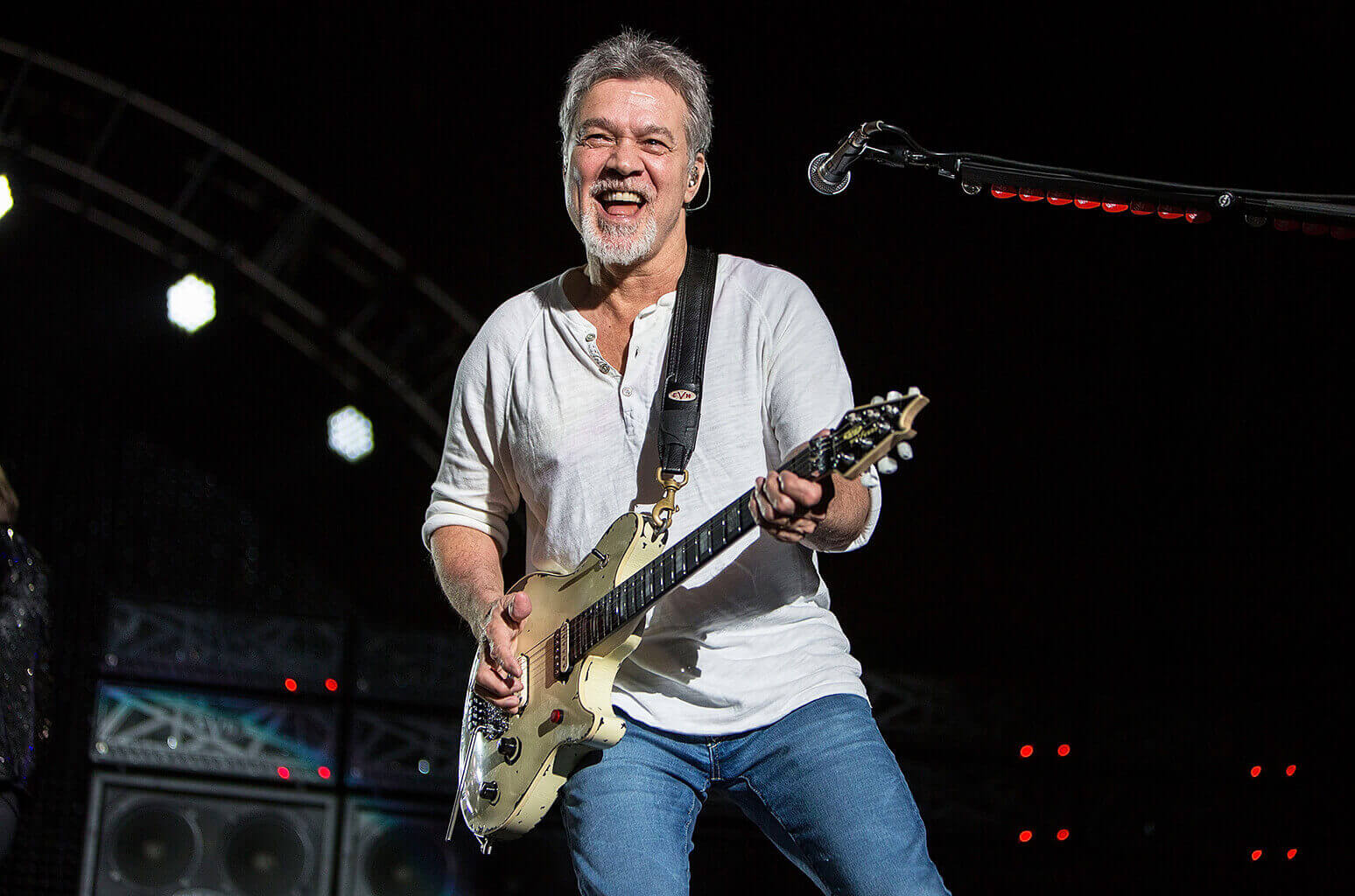 hear eddie van halen s isolated track on ain t talking about love