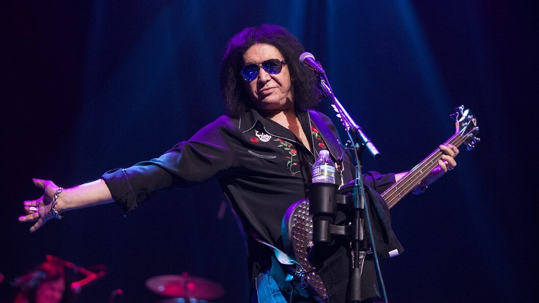 Gene Simmons says he will prove his innocence in sexual harassment case