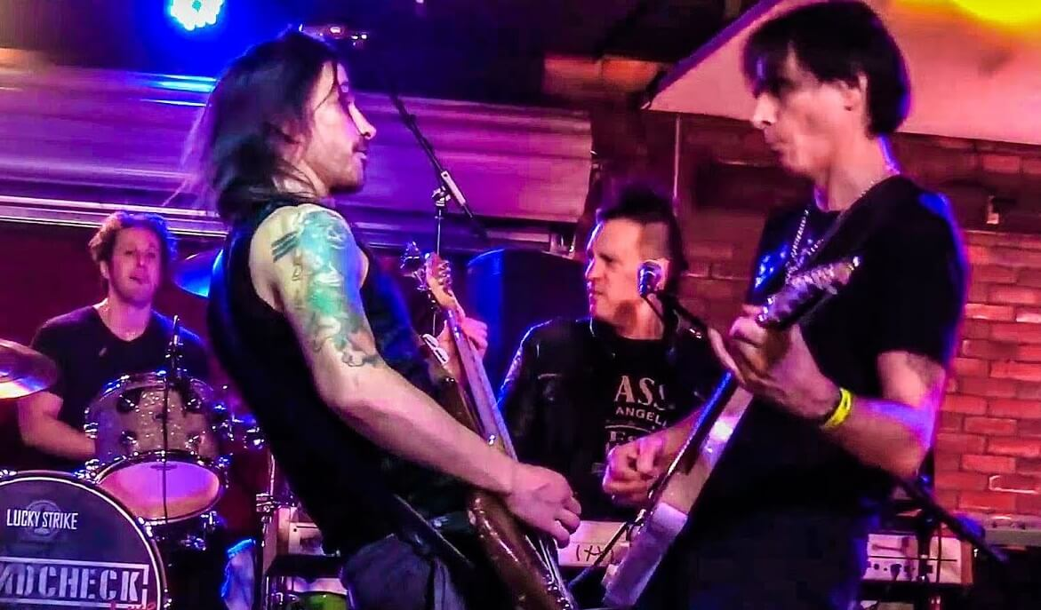 Nuno Bettencourt and Steve Vai