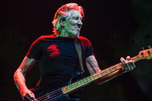 Roger Waters playing bass 2018