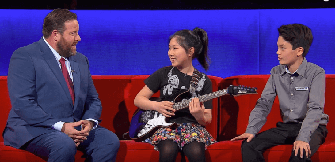 Watch the amazing Li-sa-X performing a ripping guitar solo
