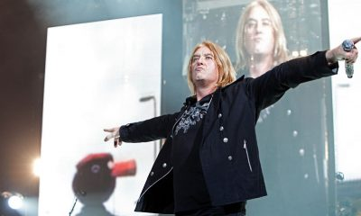 "Joe Elliott says ""If You Want to Feel How Amazing Malcolm Young Was, Listen to 'Powerage'"""