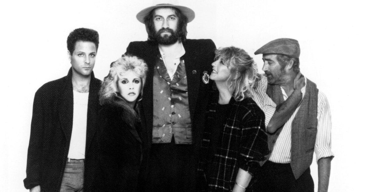 """Listen to unpublished version of Fleetwood Mac's """"Landslide"""""""