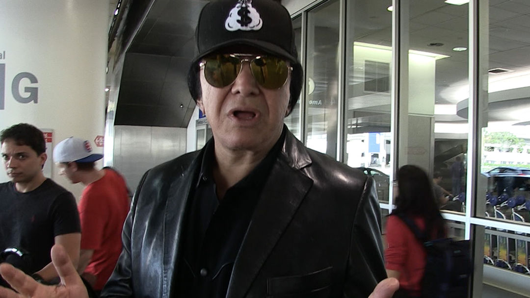 Gene Simmons says he's never been drunk and asks rockstars to stop drugs