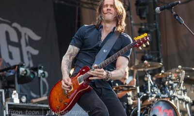Myles Kennedy playing guitar