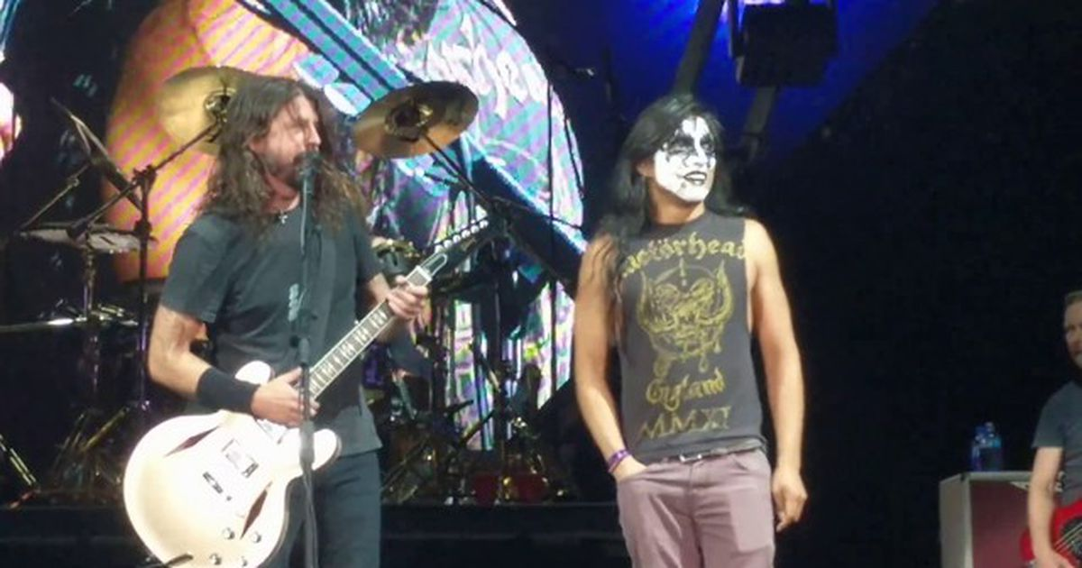 Dave Grohl and Kiss fan