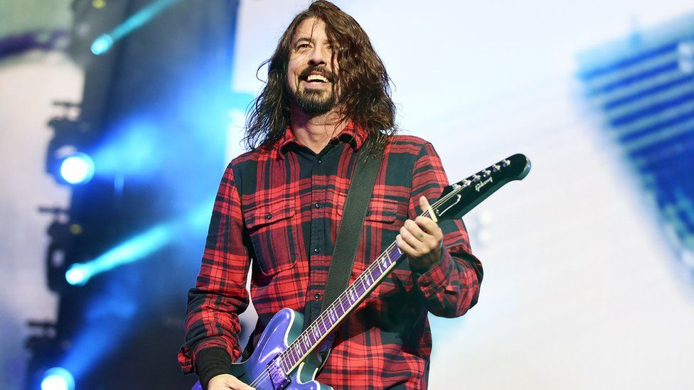 Dave Grohl playing