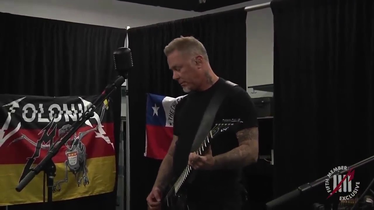James Hetfield playing ghost