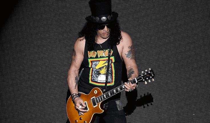 Slash on stage 2018