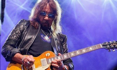 Ace Frehley playing gibson les paul