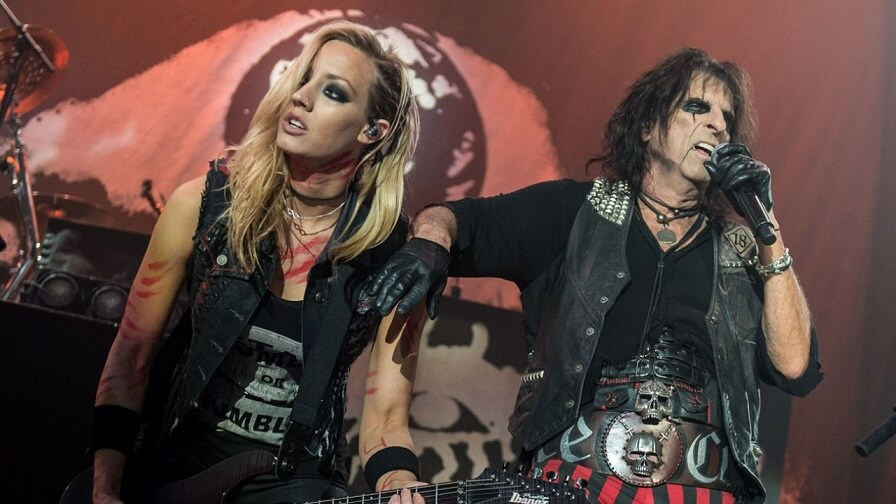 Nita Strauss and Alice Cooper