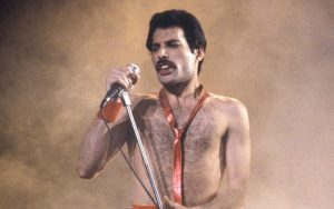 Freddie Mercury singing