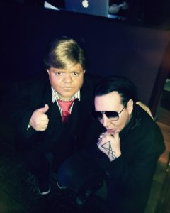 Marylin Manson and midget