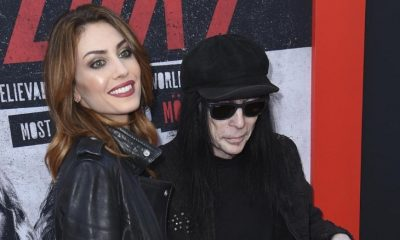 Who is mick mars wife