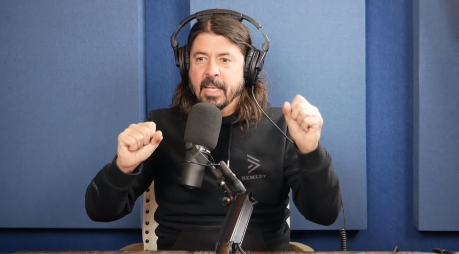 Dave Grohl social networks
