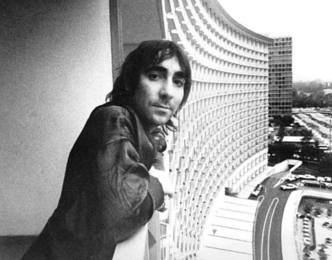 Keith Moon in hotel