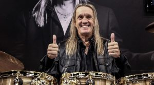 Nicko McBrain thumbs up