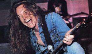 Cliff Burton bass