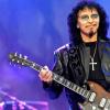 Tony Iommi horns