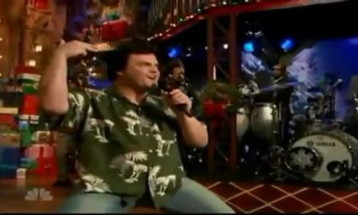 Back In Time: Jack Black destroys singing Holy Diver with the Roots