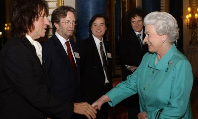 Jeff Beck, Jimmy Page, Eric Clapton, Brian May ant Queen Elizabeth