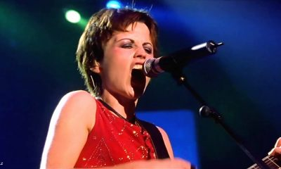 See 5 amazing Dolores O'Riordan performances with the Cranberries