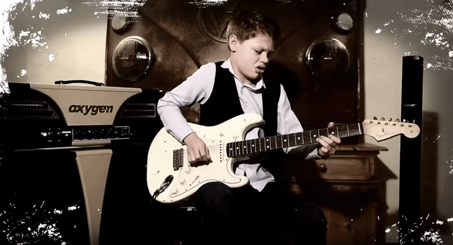 Watch the amazing Toby Lee performing Jimi Hendrix's Little Wing