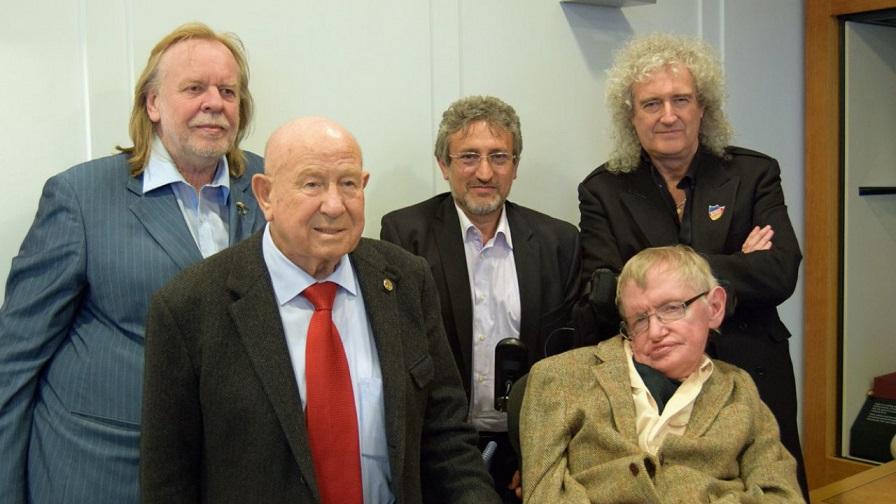 Brian May, Stephen Hawking and Rick Wakeman