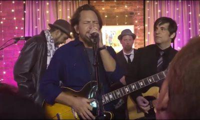 Eddie Vedder playing Bob Dylan
