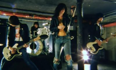 Ramones shes the one