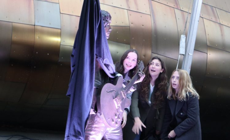 Chris Cornell statue revealed